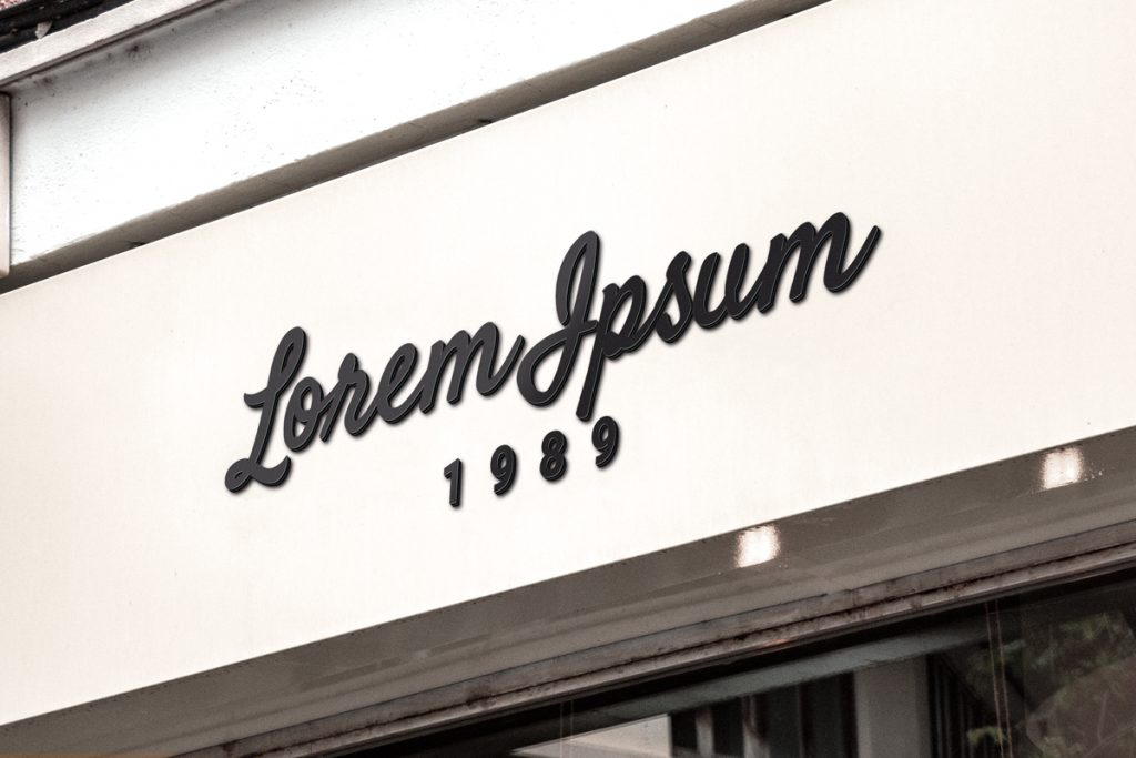 Mockup en PSD de unas letras corpóreas en una fachada