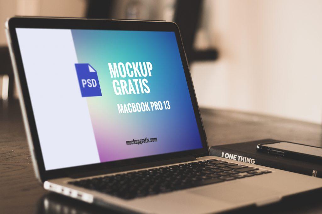 Mockup gratis de un Macbook Pro de 13 pulgadas