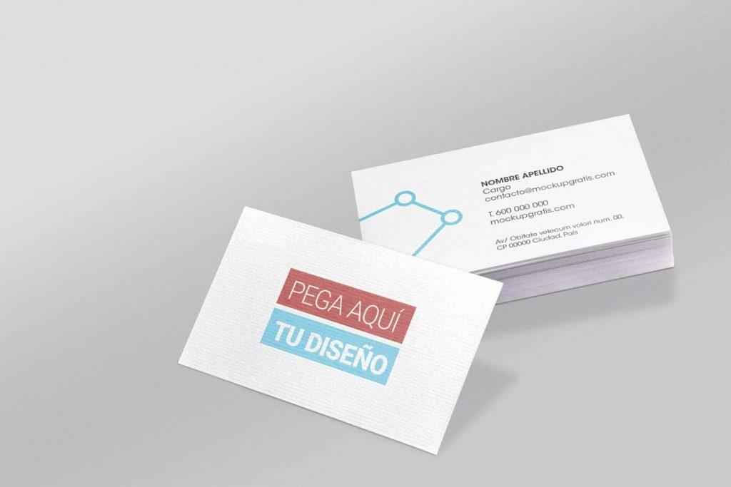Mockup gratis en PSD de dos tarjetas de visita