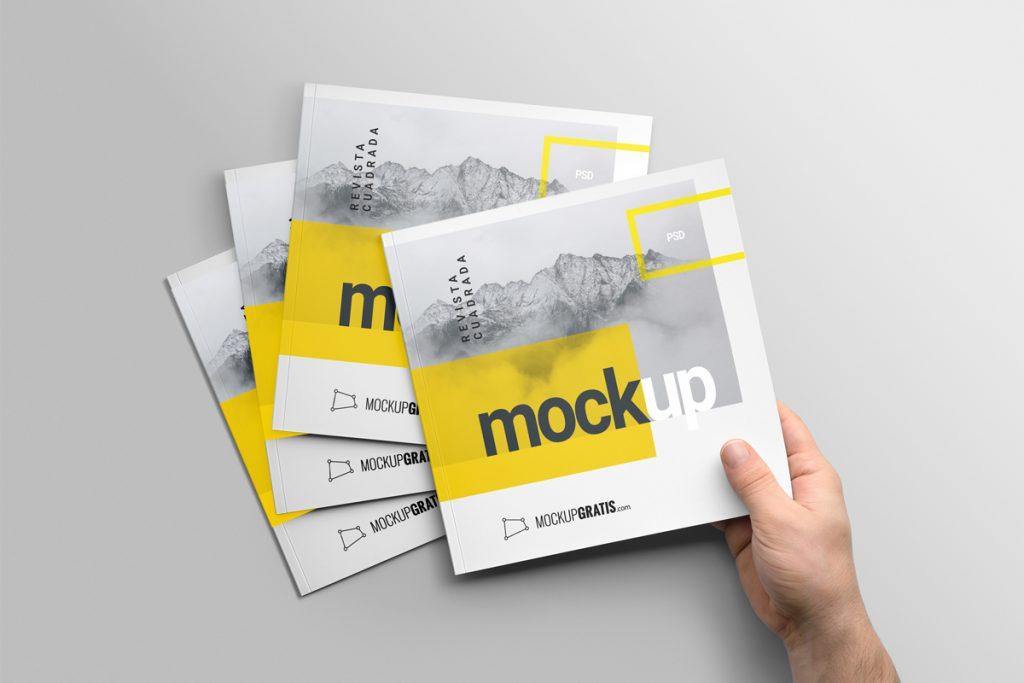 Mockup gratis de una revista cuadrada en formato PSD