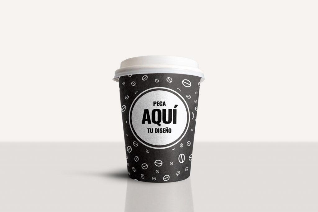 Mockup gratis de un vaso de café para llevar en PSD